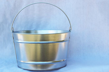 4 Gallon Galvanized Bucket Bucket Outlet