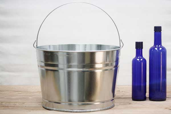 4.25 Gallon Galvanized Ice Bucket