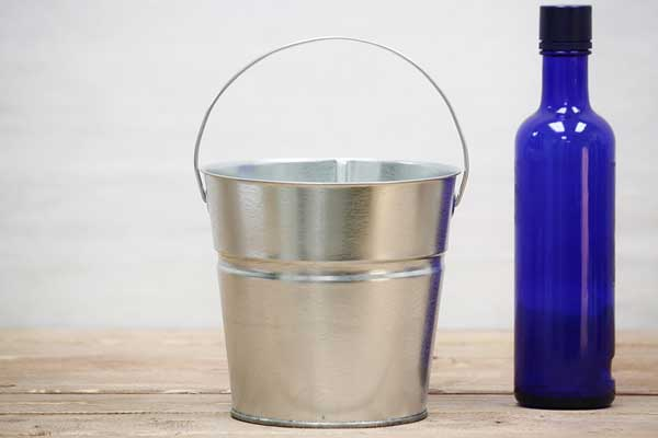 2 Quart Side Handle Galvanized Bucket