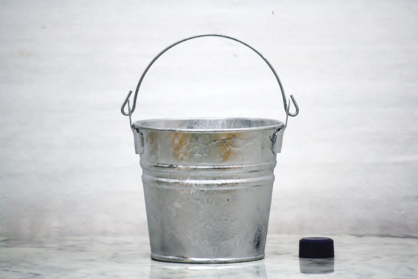 125 Quart Hot Dipped Galvanized Bucket