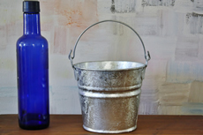 1.25 Quart Hot Dip Galvanized Bucket