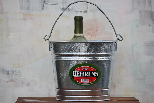 8 Quart Hot Dipped Bucket