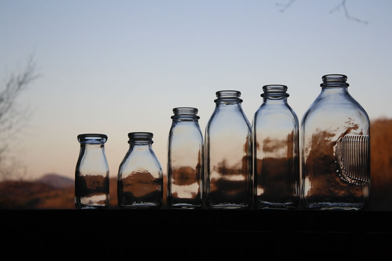 Glass Milk Bottles - Bucket Outlet