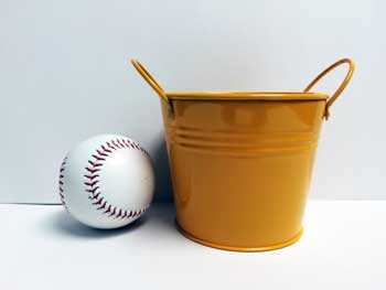 yellow 4 inch pail