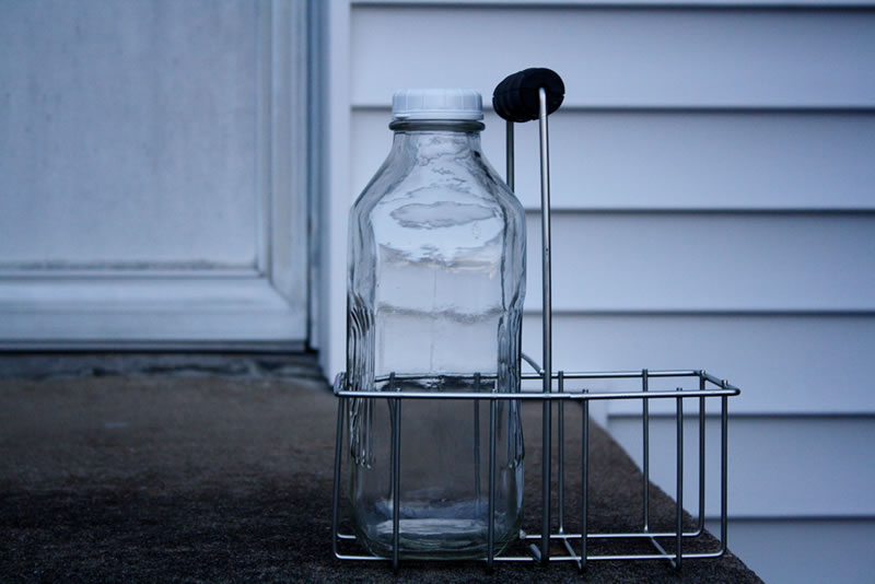 Glass Milk Bottles Bucket Outlet
