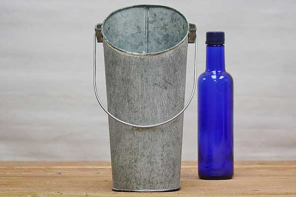 Galvanized Hanging Pocket Pail