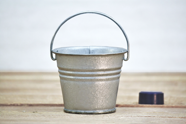 Small Metal Buckets