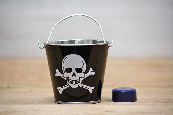 Black Pirate Pail