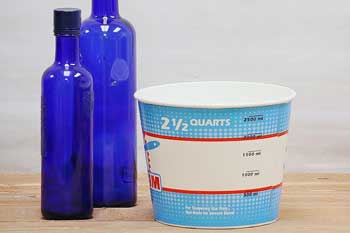 2.5 Quart Paint Containers