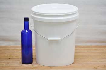 5 Gallon Paint Bucket With Lid