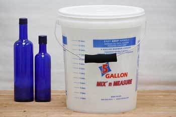 5 Gallon Plastic Bucket With Lid