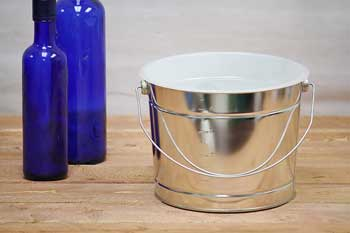 5 Quart Painters Bucket